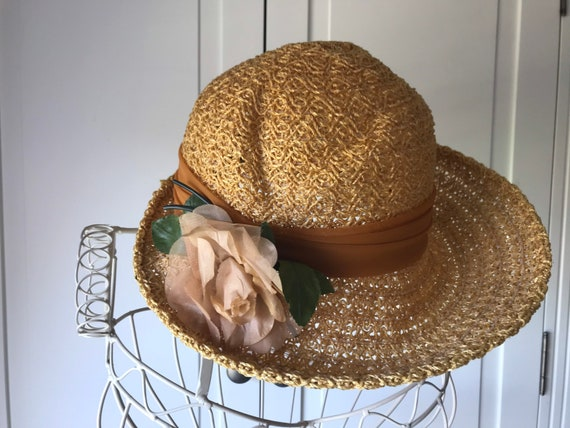 50s straw summer hat with rose - image 3