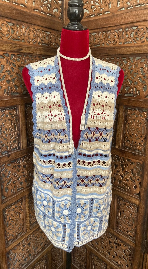 Vintage Women's CROCHET SWEATER VEST with buttons… - image 2