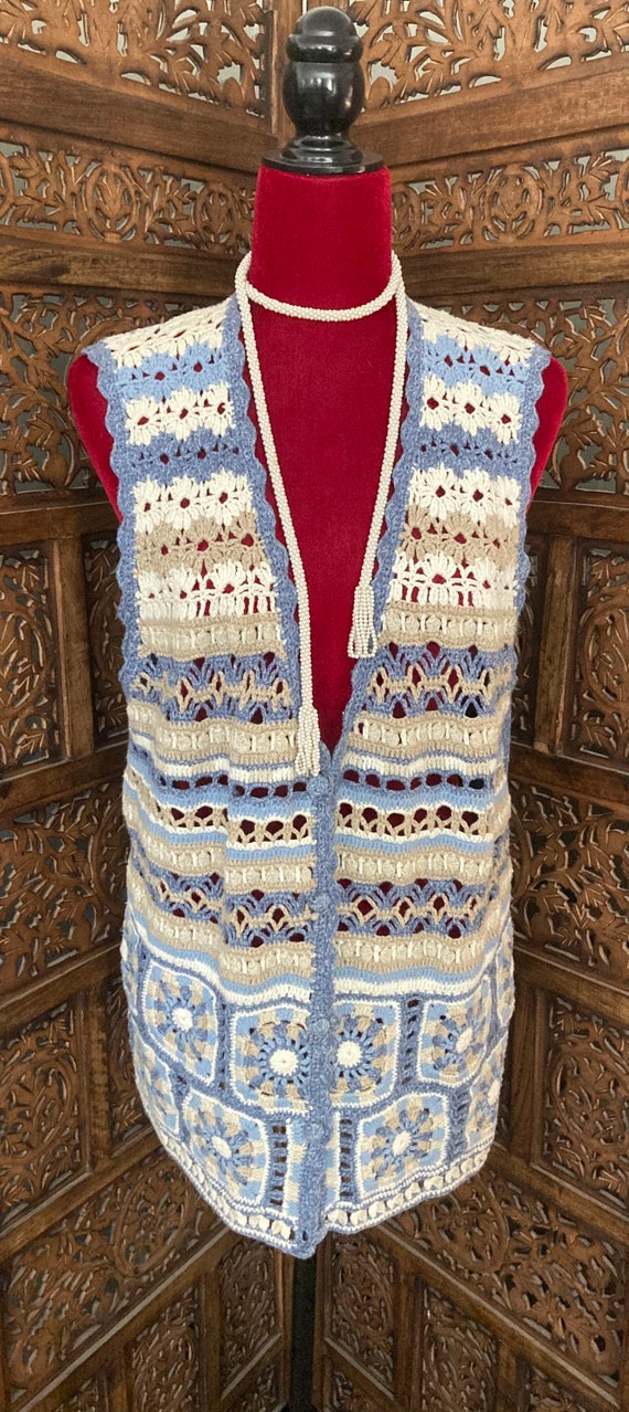 Vintage Women's CROCHET SWEATER VEST with buttons… - image 6