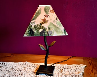 JANGAL /Camouflage GOLD, Vintage Table Lamp/Table Lamp with Metal Foot Jungle Collage, Handmade, Unique, Monkey, Palm Trees, Original