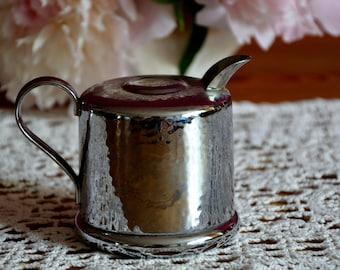 Art Deco, cream caster / milk jug hammer blow décor, rare, silver-plated, hotel silver USS, cloverleaf, gift, country style, shabby