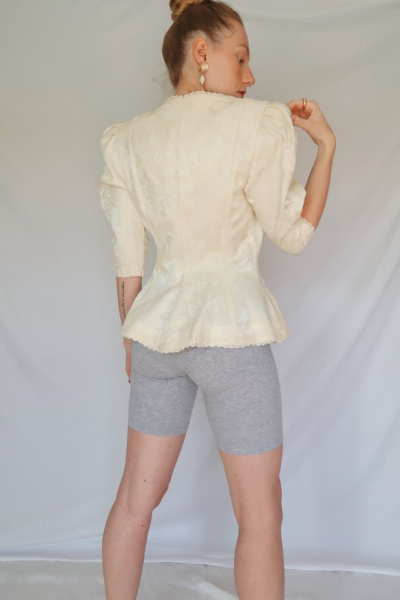 Vintage Puff Sleeve Blouse - image 4