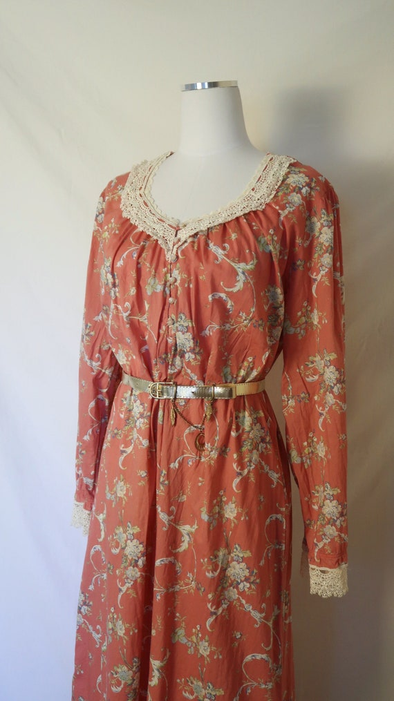 Vintage Dusty Pink Nightgown
