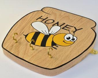 Key holder, key rack, key hook, key hanger, autumn home decor, house warming gift, rustic, reclaimed, bee lovers gift idea, key storage