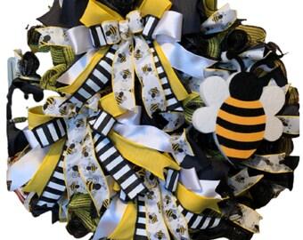 Summer Bumblebee Bee Wreath Black Yellow White Foam Bee