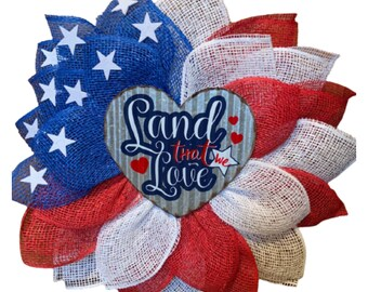 Land that We Love, American Flag, Patriotic, 4th of July, Independence Day, Veteran's Day, Memorial Day Flower Wreath, Red White & Blue