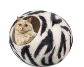 Cat Wool Cocoon Cat Cave Bed Cozy kitty House Pet Furniture Hand Felted Natural Wool White Black Zebra pattern Bonus felt toy ball