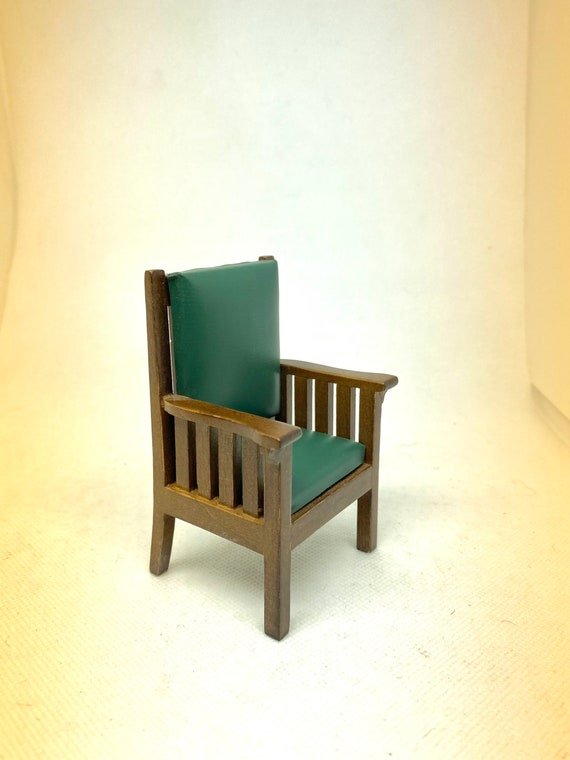 Lovely Mission Style Dollhouse Arm Chair, 1:12 scale