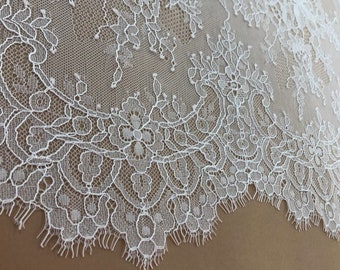 Beautiful Ivory Chantilly style lace, double scalloped edge - 132cm wide