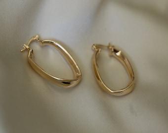 Gold Rectangle Twisted Hoops   Oval Hoop Earrings   18 Gold Filled Earrings   Chunky Oval Hoops   Rounded Rectangle Hoops   Everyday Hoops