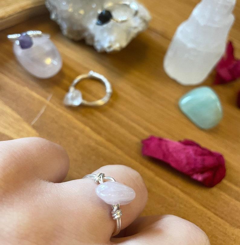 Rose quartz wire ring