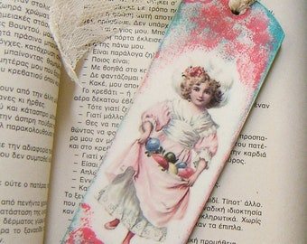 Decoupage wooden bookmark/ Shabby chic style/ Crackle style vintage/ Book lovers