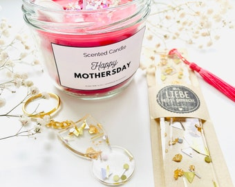 Wild Berry Frose 5 oz soy wax candle with a wax seal Flower Blessing Tag