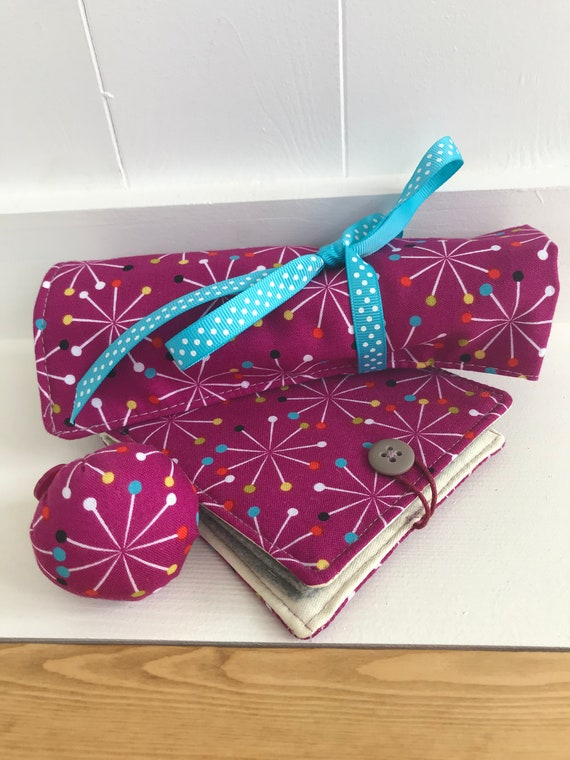 Crochet tools roll. Crochet roll, needle book and ring pin cushion.