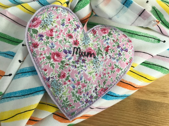 Fabric Mum gift tag