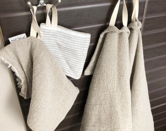 Linen washers and towels for the bathroom