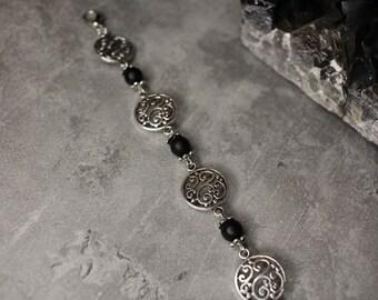 Armband schwarzer Onyx und filigrane Anhänger, Gothic, Armband schwarz, viktorianisch