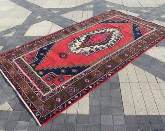 Vintage Turkish Rug • 8x10 Area Rug • 8.4x4.4 Feet Rug • Oriental Red Rug • Antique Rug • Bedroom Rug •Livingroom Rug 8x10 •Kitchen Rug 8x10
