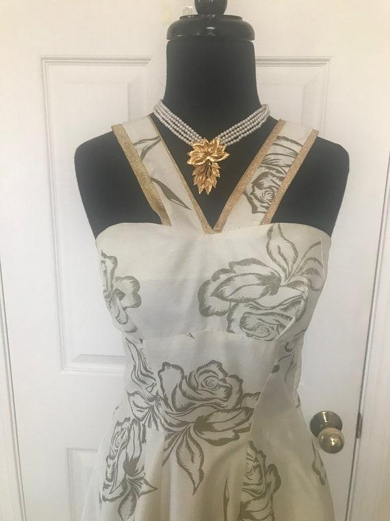 Vintage 50's rose print bombshell dress with meta… - image 9