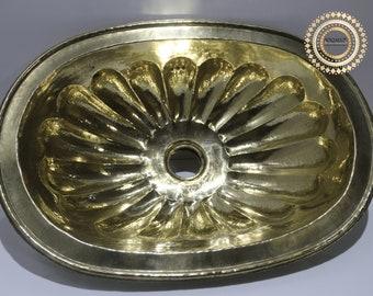 Brass sink oval handmade , bathroom/kitchen decor ,  brass sink vintage style , Vintage and exquisite decoration , bathroom vanity