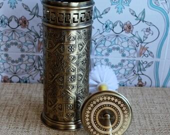 Brass broom holder, unique moroccan design 100%, exquisite decoration