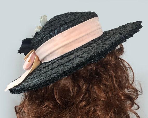 Vintage 1940's Black Straw Wide Brim hat Velvet R… - image 4