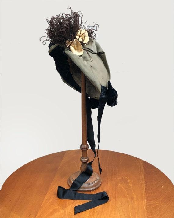 Antique Victorian Bonnet Ostrich Feather and Flow… - image 4
