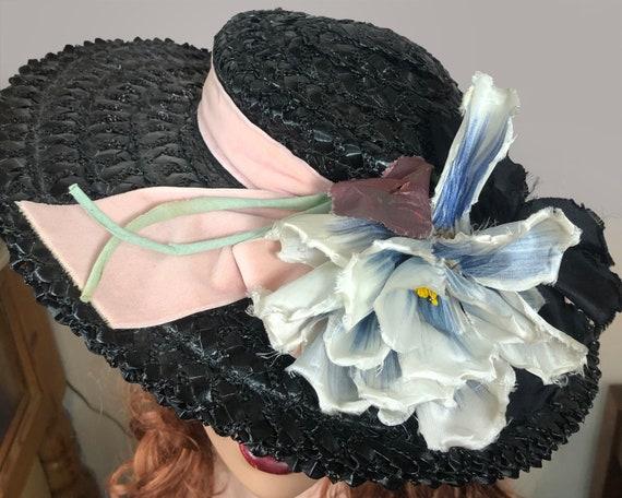 Vintage 1940's Black Straw Wide Brim hat Velvet R… - image 3
