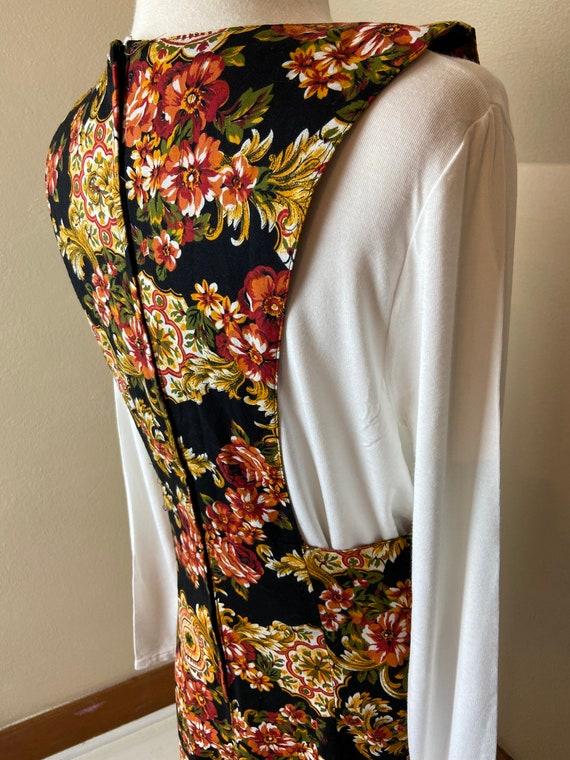 Vintage cottagecore Floral Apron Dress - image 9
