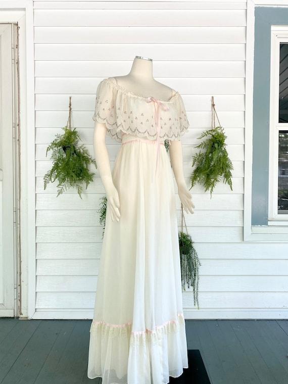 Vintage 1970s Gunne Sax Bridal Gown - image 2