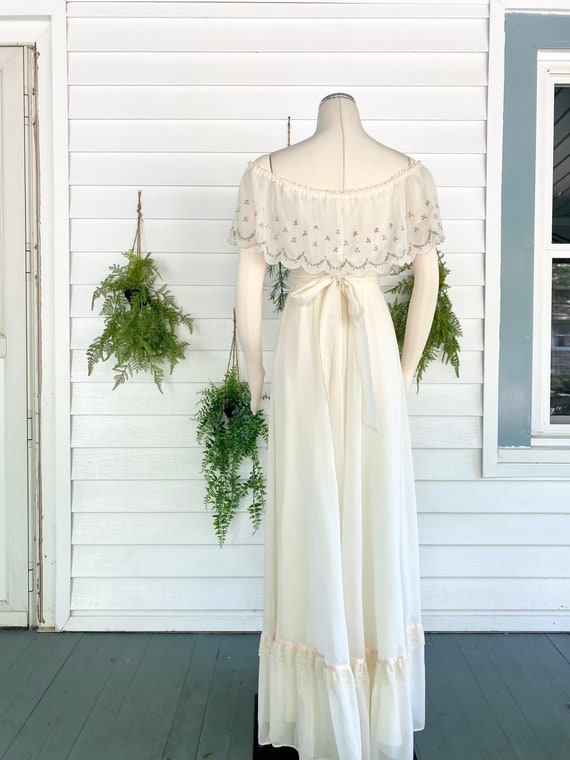 Vintage 1970s Gunne Sax Bridal Gown - image 5