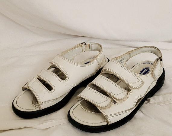 Vintage Velcro Sandals-6.5