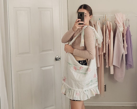 Floral Ruffle Market Tote