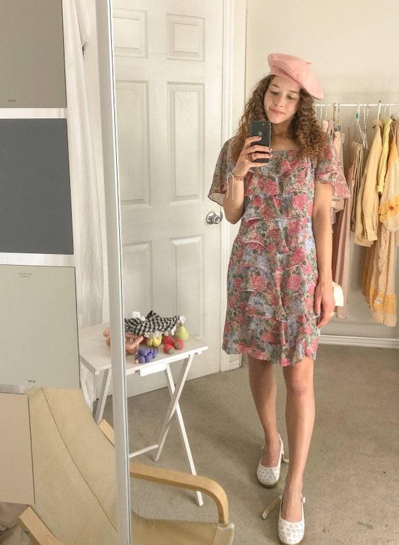 Vintage floral ruffle dress-Large