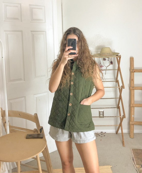 Vintage green quilted collared vest-Small