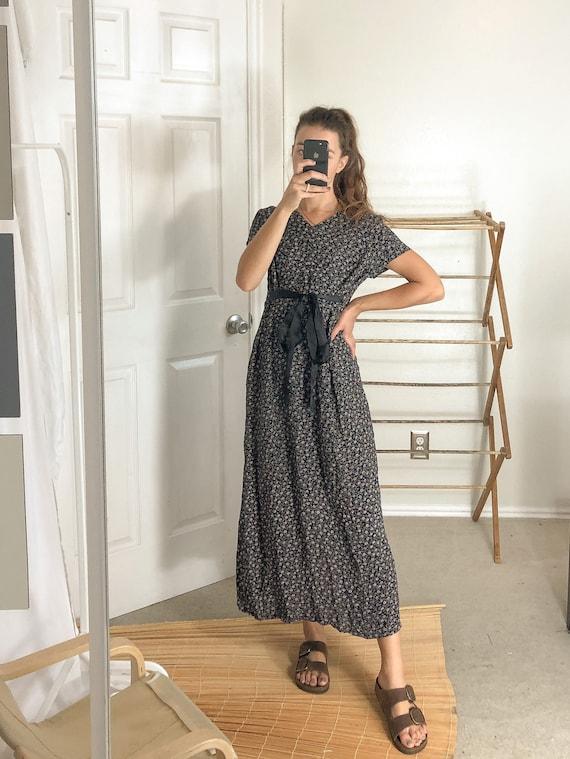 Vintage Black and Purple maxi dress-Medium