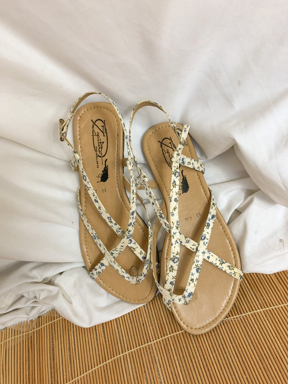 Floral Strappy Sandals-8.5