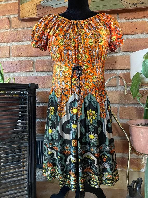 Vintage 60s/70s dress