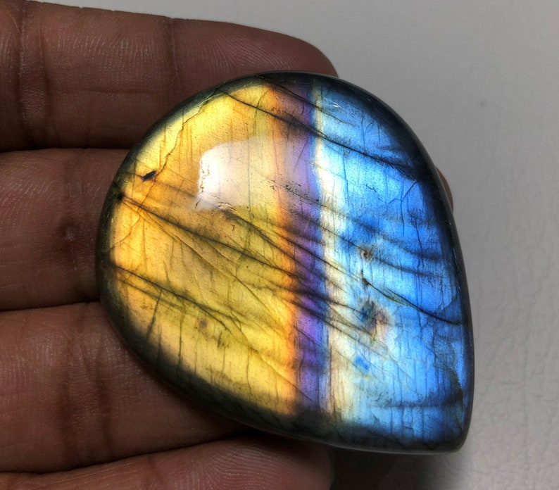 Big Multi-purple Fire Labradorite Gemstone For Jewelry Use Alluring Golden Blue-Purple Labradorite Cabochon 149.80Ct Pear Shape 52X43X8 MM