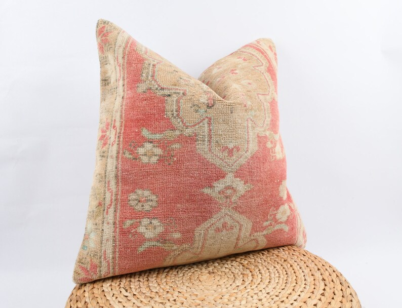 Turkish Kilim Pillow Ethnic Kilim Pillow Couch Accent Pillow Bohemian Kilim Pillow 24x24 Pillow Cover Throw Pillow Livingroom Decor