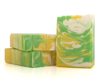Orchard Apple Artisan Soap - Cold Process, Handcrafted, Vegan, and Palm Free Unisex Soap Bar