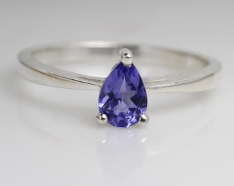 Bohemian Jewelry Beautiful Ring Pear Gemstone African Jewelry Blue Tanzanite Ring Gift Jewelry 925 Sterling Silver Simple Band Ring
