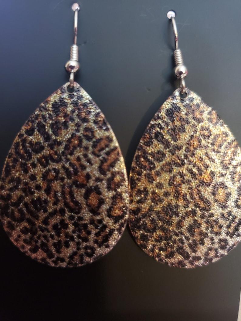 Animal print teardrop earrings