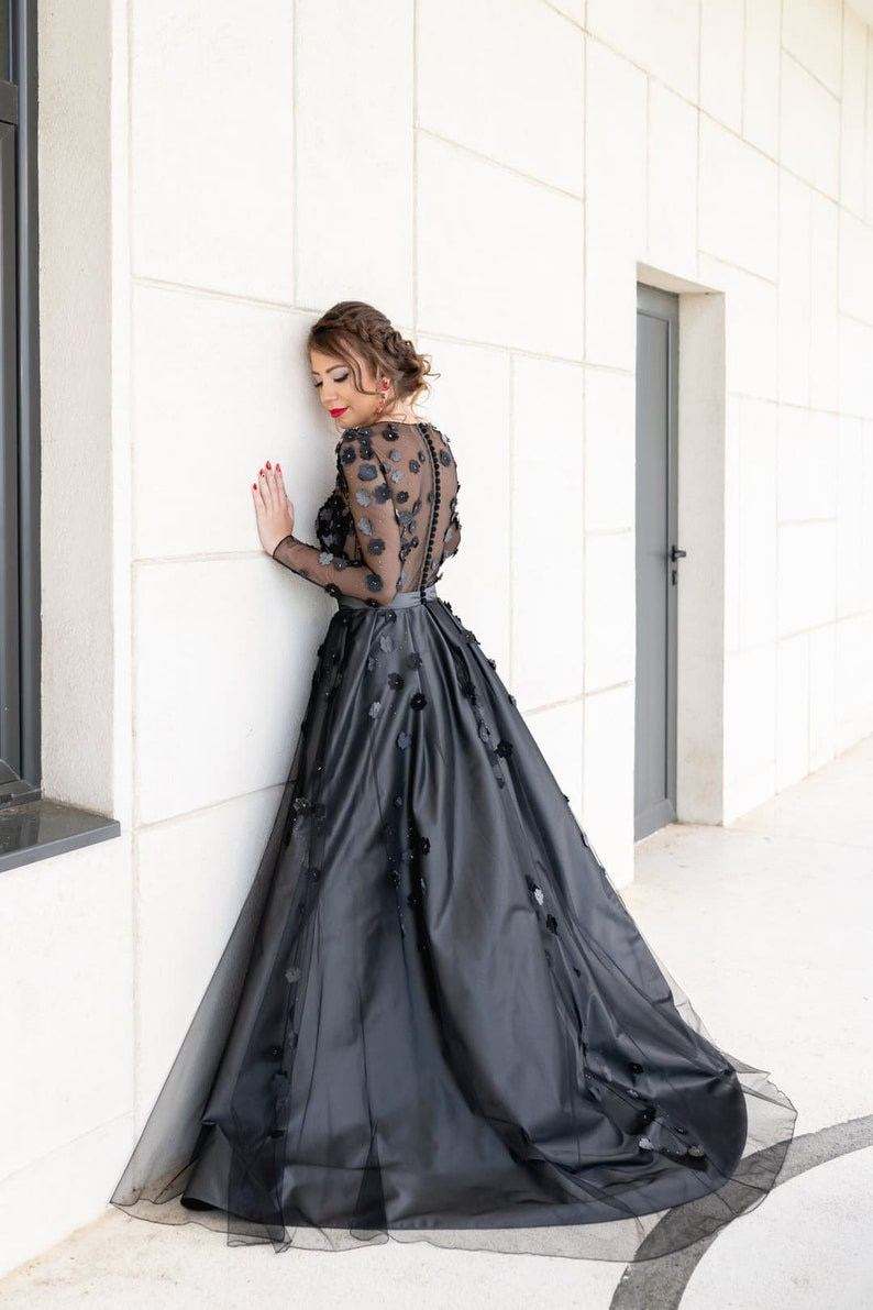 Black wedding dress with long sleeve Floral bridal gown Gray image 0