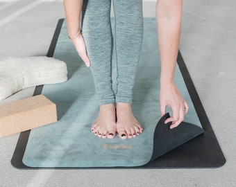 FLXBL Yoga Non-slip Yoga Mat - Luxury Top Layer - Washable and Foldable - Durable - Travel mat