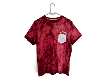 Red Tie-Dye Pocket Men's V-Neck One Mountain (Size Small)