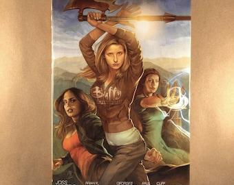Buffy The Vampire Slayer- Library Edition, Season 8, Volume 1 (Hardcover)