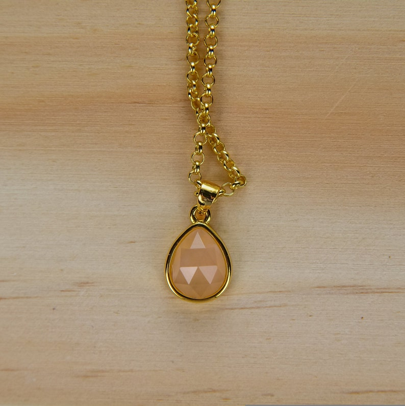 Birthstone Necklace Faceted Sunstone Drop Pendant Necklace Genuine Gemstone Necklaces Gift for Mom Necklace for Women Orange Necklace