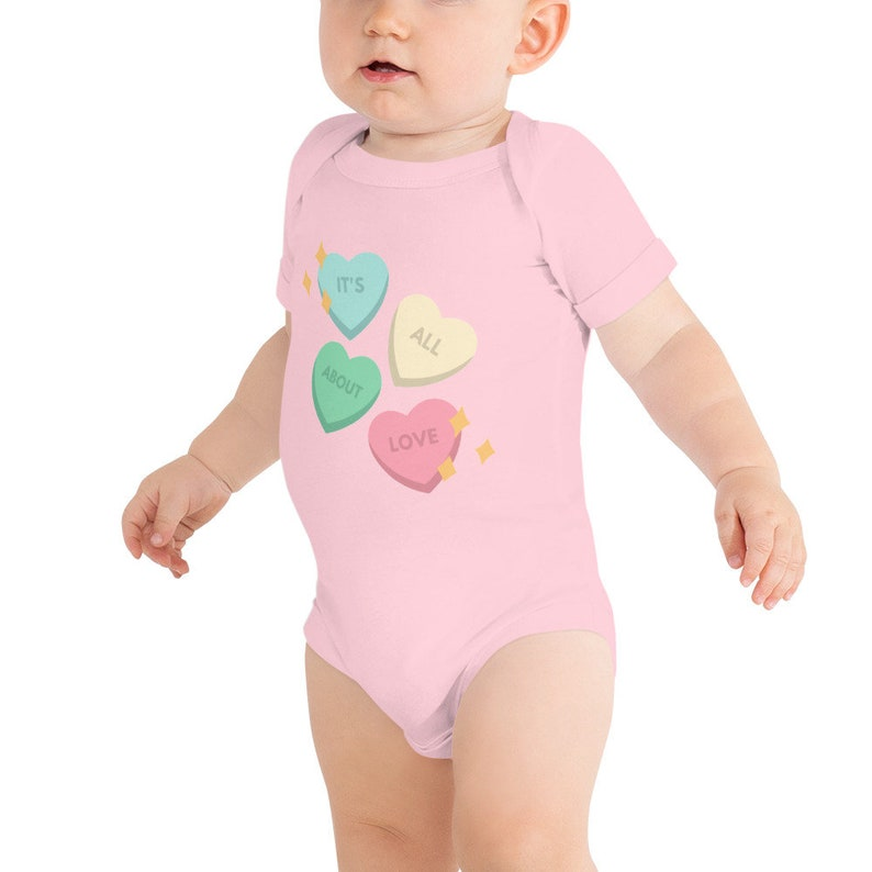 love funny cute Short sleeved baby Leotard Designed With Hearts and Lettering bodysuit for baby