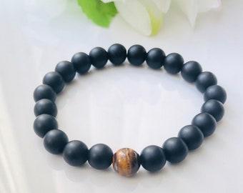 Black onyx and Tiger's eye bracelet, Gift for him, Protection bracelet, strength bracelet, Meditation, Yoga